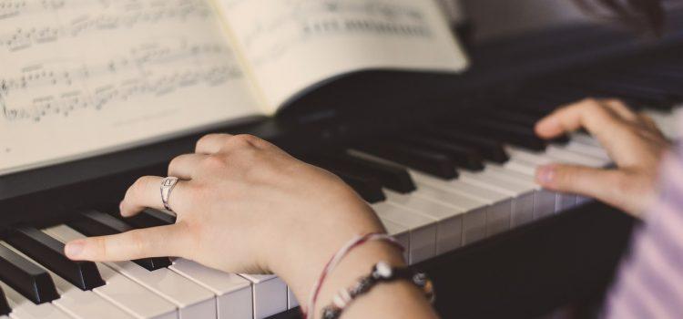 Siły trzeba szukać w sobie – Wywiad z pianistką Beatą Szałwińską